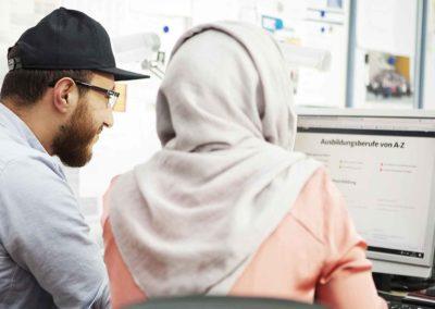 Pluskurs: Arbeitsmarktintegration und Bildungsberatung
